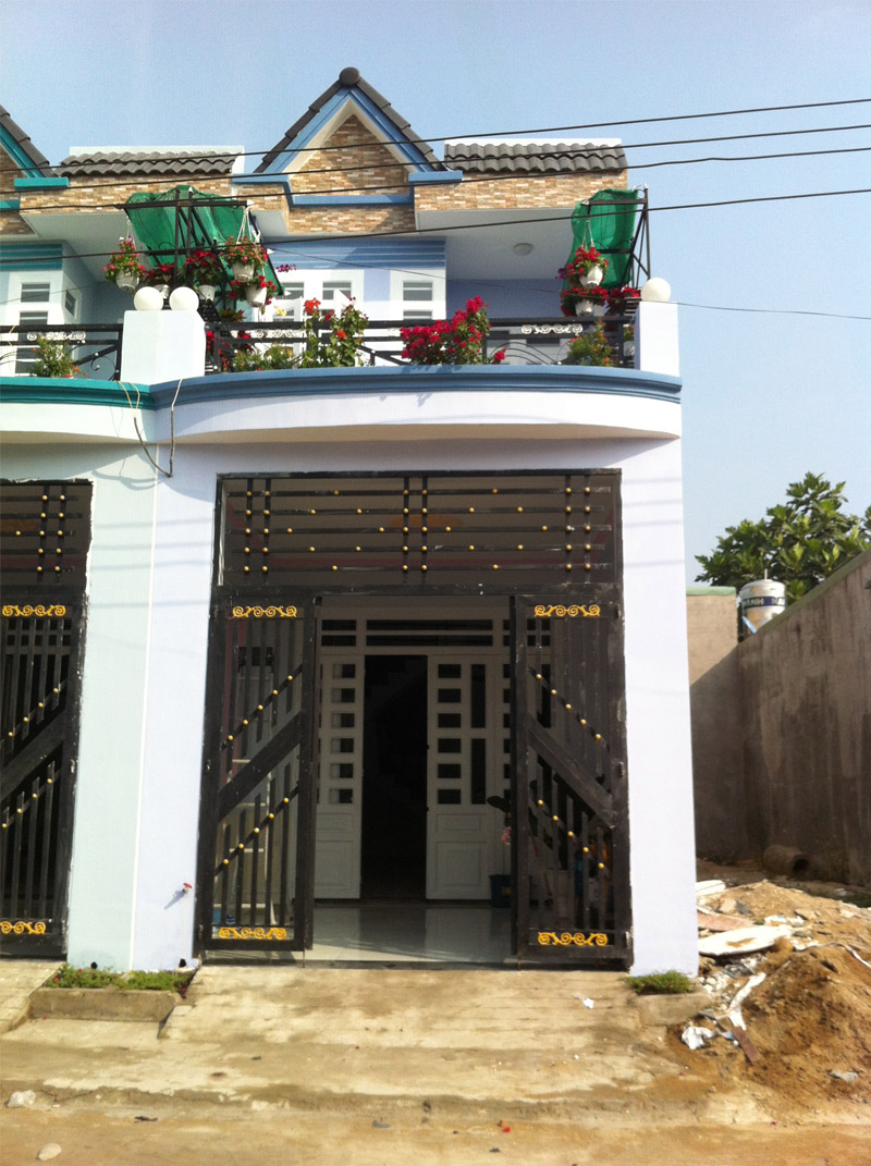 Bán nhà gần ngay KCN Sóng Thần huyện Dĩ An giá 850 triệu