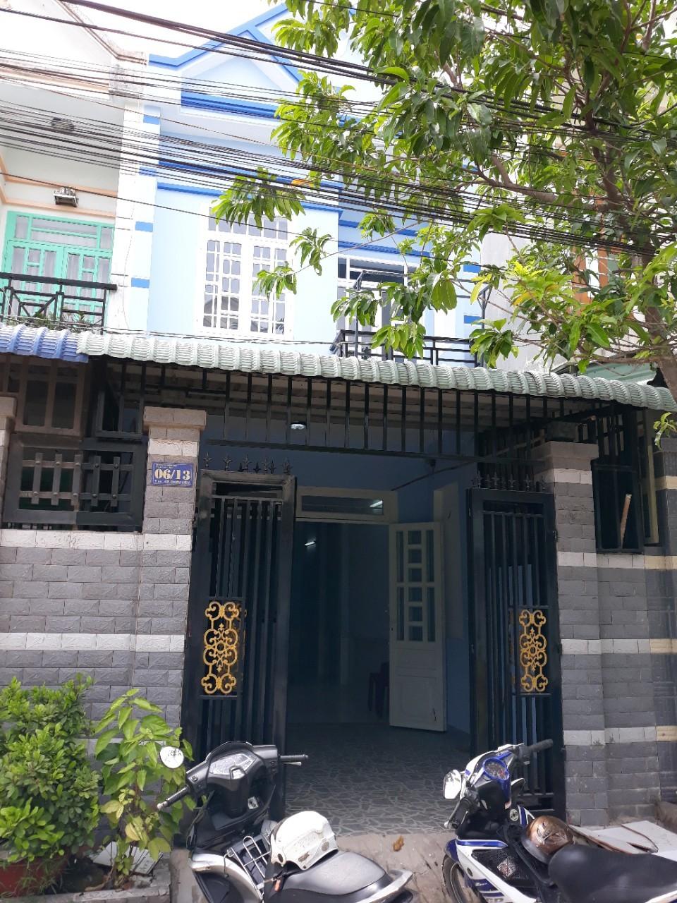 Bán nhà 1 trệt 1 lầu,giá rẻ,buôn bán tốt,đường ĐT743,gần bến xe tân đông hiệp,dĩ an,bình dương