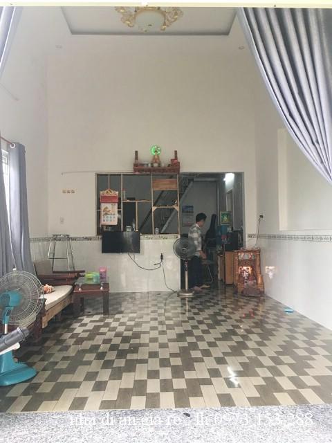 Bán nhà cấp 4 sổ riêng thuộc đường tân an gần trung tâm y tế dĩ an