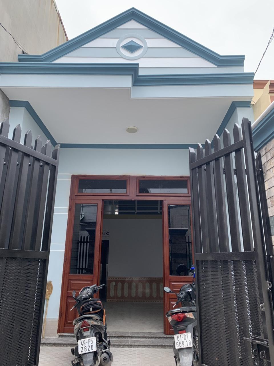 Bán nhà chính chủ cấp 4 gác đúc sổ hồng riêng phường Dĩ An , thị xã Dĩ An