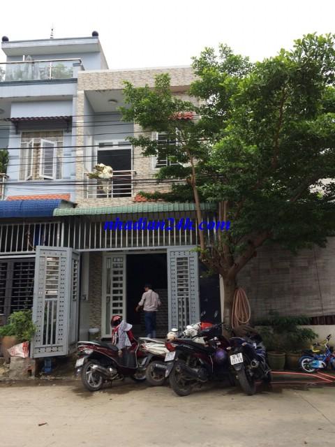Bán nhà 1 lầu 1 trệt gần trung tâm y tế dĩ an bình dương
